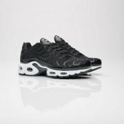Nike Wmns Air Max Plus Se Black/Black/Vast Grey