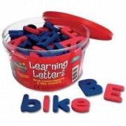 Set litere magnetice mari si mici 104 piese