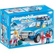 Playmobil Family Fun - 4x4 met dakkoffer 9281