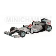 Minichamps - MERCEDES GP - MICHAEL SCHUMACHER - SHOWCAR 2010