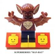 MinifigurePacks: Lego Super Heroes Man-Bat and Lego Display Base
