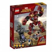 Lego Klocki konstrukcyjne LEGO Marvel Super Heroes Walka w Hulkbusterze 76104