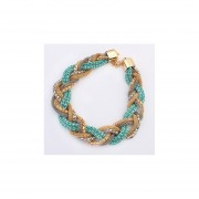 collar de estilo bohemio y modelo de color azul
