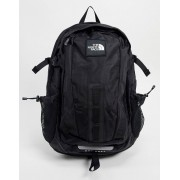 The North Face Hot Shot backpack in black - unisex - Black - Size: One Size