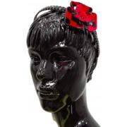Bentita fete floare rosie