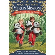 A Perfect Time for Pandas 'With Sticker(s)', Paperback/Mary Pope Osborne