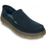 Crocs Stretch Sole Microsuede Loafers For Men(Blue)