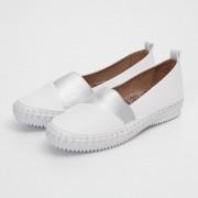 MINNETONKA/ミネトンカ ゴムコンビシューズ ホワイト