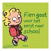 Lobbes Fien gaat voor het eerst naar school