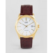 Casio MTP1183Q-7A analogue leather watch in brown - Brown