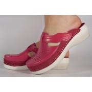 Saboti/Papuci roz din piele naturala dama/dame/femei (cod 13-7515)