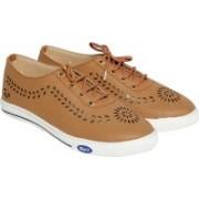 Trendy Look Lazer Sneakers For Women(Beige)