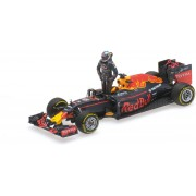 Formule 1 Red Bull Racing TAG Heuer RB12 #3 Austrian GP 2016 /w Figurine - 1:43 - Minichamps