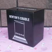 Pendule De Newton - Version Luxe Avec Socle En Bois Et Miroir