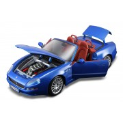 Bburago masina Maserati GT Spyder, scara 1:18