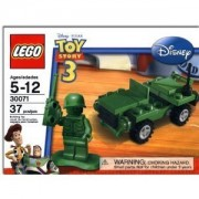 Jeep with soldiers and Sergeant of Lego Toy Story 3 Green Army Men green !