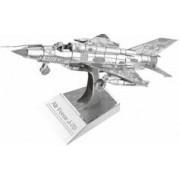 Playtastic Maquette 3D en métal : Avion de chasse - 26 pièces