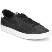 Nike Men TENNIS CLASSIC AC Sport Shoes