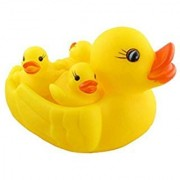 vedanshi Chu Chu Ducks, Duck Family, Bath Toy with Sound, Rubber Toy, Set of 3