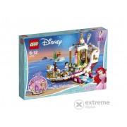 LEGO® Disney Princess Ambarcatiunea regala a lui Ariel 41153