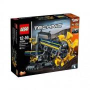 Set de constructie LEGO Tehnic Excavator cu Roata Port Cupe
