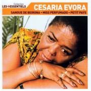 Cesaria Evora - Essentiels (0743219278029) (1 CD)