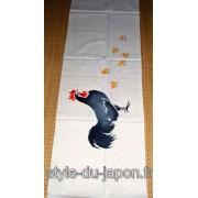 Tenugui peint avec des motifs de coqs et ses poussins