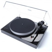 Pro-Ject X2 Piano Black turntable w/ Moonstone cartridge