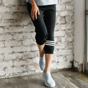 adidas パイルカプリパンツ クロップドパンツ・サブリナパンツ【リュリュ】 ベルーナ