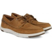 Clarks Unmaslow Edge Tan Nubuck Casual Shoes For Men(Tan)