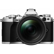 Aparat Foto Mirrorless Olympus E-M5 Mark II silver + EZ-M1240 PRO black Bonus Obiectiv Foto Olympus M.Zuiko