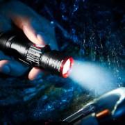 Troika Eco Beam Pro Taschenlampe, kompakt, USB-Ladefunktion, 350 Lumen, 3 Lichtmodi, Zoom-Funktion