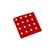 Červený plastový roh AT-STD, AvaTile - délka 13,7 cm, šířka 13,7 cm a výška 1,6 cm
