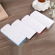 Batería Portátil Inteligente Power Bank Para Smart Phone Tablets Linternas Etc 3 Entradas USB Con Luz Led