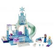 LEGO® Juniors Anna si Elsa la locul de joaca - L10736