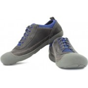 Clarks Moreton Flo Sneakers For Men(Grey, Blue)