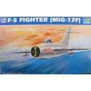 Trumpeter Model redukcyjny myśliwca Mig-17 w skali 1:32, Trumpeter 02205
