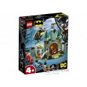 LEGO® Super Heroes 76138 Batman™ si evadarea lui Joker™