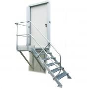 Günzburger Steigtechnik Günzburger Treppe mit Plattform 45° inkl. einen Handlauf, 800mm Stufenbreite, 18 Stufen
