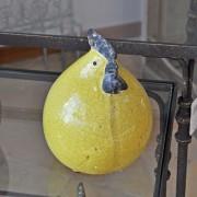 Petite poule céramique jaune 17x13 cm