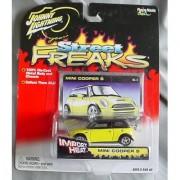 Johnny Lightning Street Freaks Mini Cooper S YELLOW Import Heat