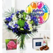 Lagoon Horizon, balloon & cake - Free Chocs