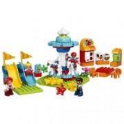 LEGO R DUPLO R Parc de distractii 10841