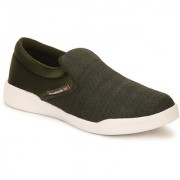 Reebok Mens Green Sport Shoes