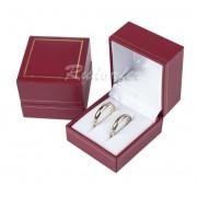 Piros színű, elegáns páros gyűrűtartó doboz (gyűrű, 2 db gyűrű, fülbevaló)