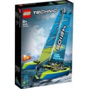 LEGO Technic Catamaran No. 42105