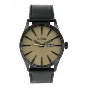 ユニセックス NIXON Sentry Leather 腕時計 ミリタリーグリーン