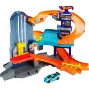 Set masinuta si accesorii Mattel Hot Wheels Pista Vitezotropolis