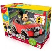 Figurica Mickey i autić na daljinsko upravljanje