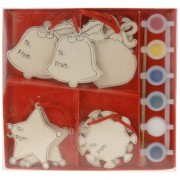 Bellatio Decorations 12 kerstbalhangers met verf en kwast